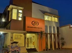 Grand-Surya-Hotel+1