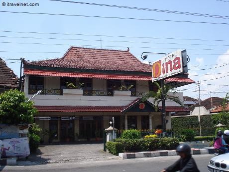 hotel-dina